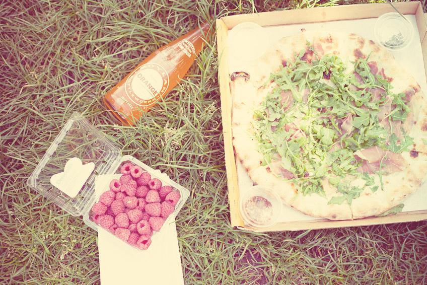 Bubbelrosa och ljusa sommarbilder